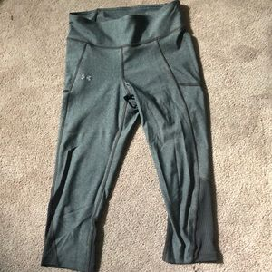Under Armour // Cropped Leggings